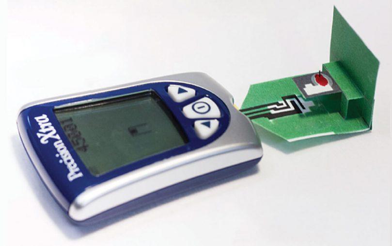 Бумажный датчик для измерения уровня сахара в крови