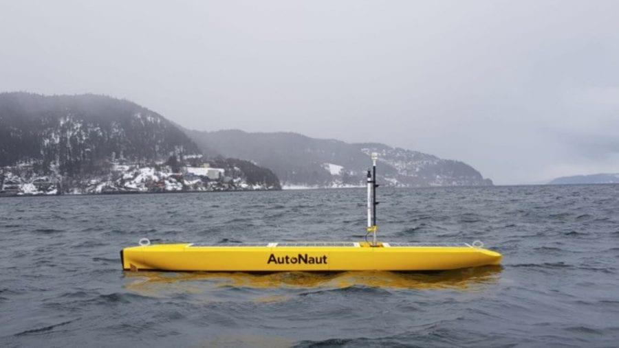 Беспилотное морское устройство AutoNaut Норвежского университета естественных и технических наук (NTNU).